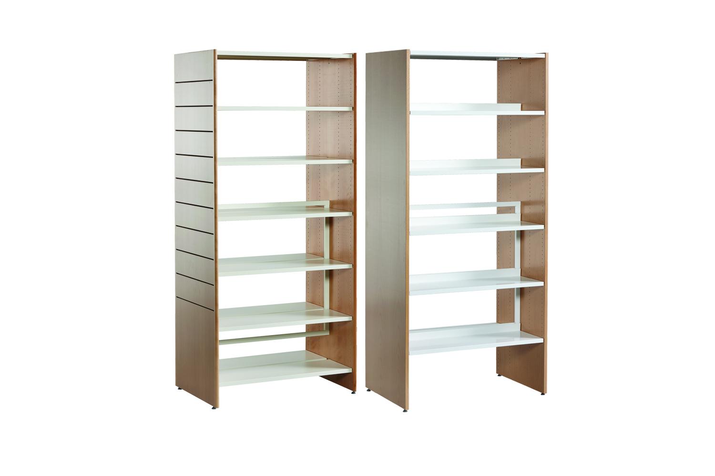 Reoler designet til biblioteksmiljoer